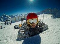 kask na snowboard